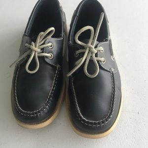 L.L Bean blue shoes